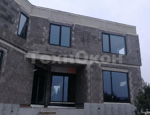 Остекление коттеджа пластиковыми окнами Veka Spectral